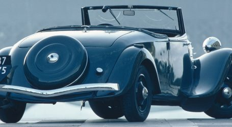 CITROEN KABRIOLET IZ 1939. PRODAN ZA 612.400 Jedan od tri posljednja izvorna kabrioleta Citroen Traction koje je tvornica proizvela za obitelj Michelin