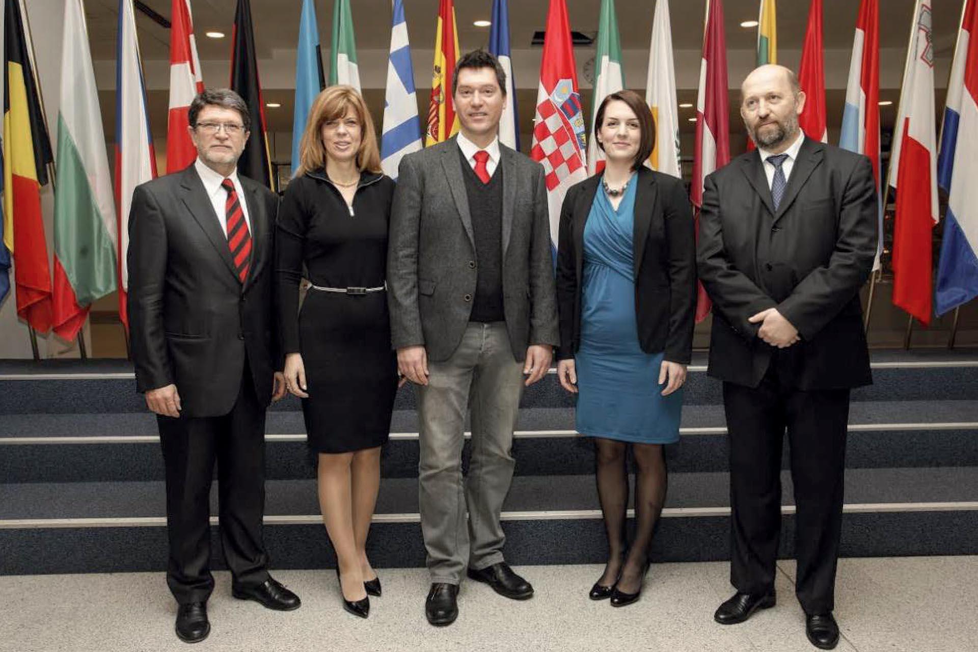 ČLANOVI HRVATSKE DELEGACIJE U EP-u IZ SDP-a IZABRANI 2013 | Foto: IZLOŽBA '120 GODINA HRVATSKE SOCIJALDEMOKRACIJE'