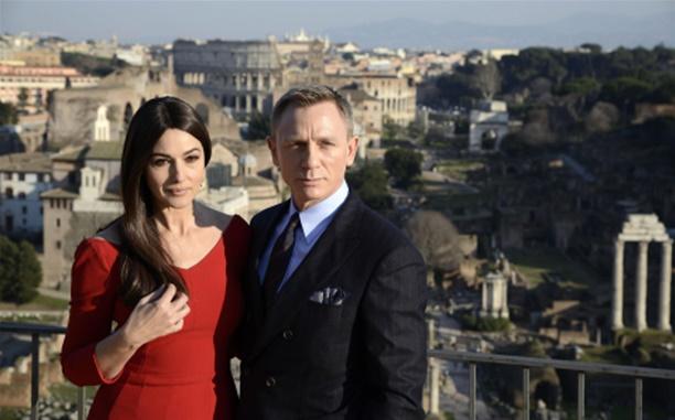 Daniel Craig ozlijedio koljeno snimajući novi film o Jamesu Bondu
