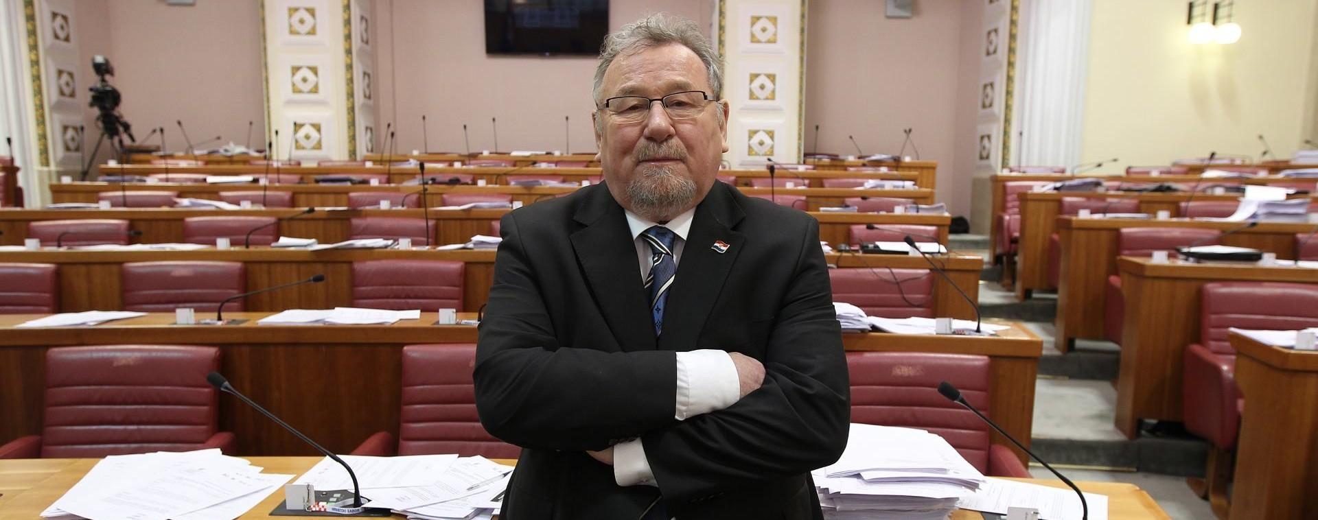 VLADIMIR ŠEKS: 'U nacionalnom interesu bilo bi da Tomislav Karamarko odstupi'