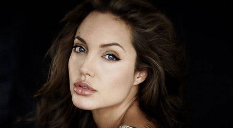 NOVI DRASTIČAN POTEZ Angelini Jolie odstranili jajnike i jajovode
