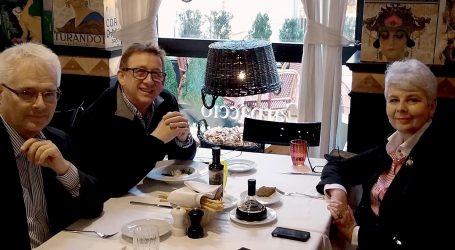 Josipović i Jadranka Kosor na ručku s Jadranom Lazićem