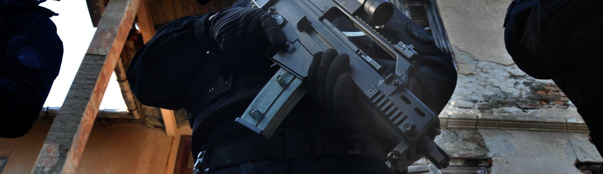 NAPETO U MAKEDONIJI Naoružana skupina zauzela policijsku postaju na sjeveru zemlje
