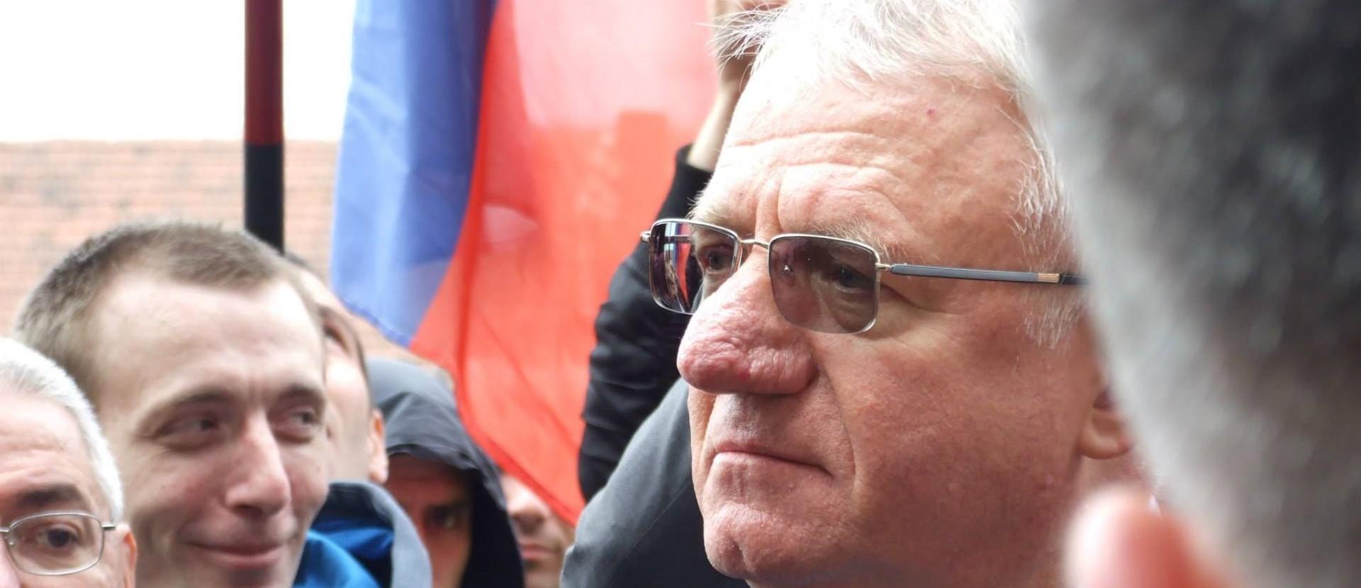 POGORŠANO ZDRAVSTVENO STANJE Liječnik Vojislava Šešelja tvrdi da bi njegovo vraćanje u pritvor Haškog suda bilo ubojstvo s predumišljajem