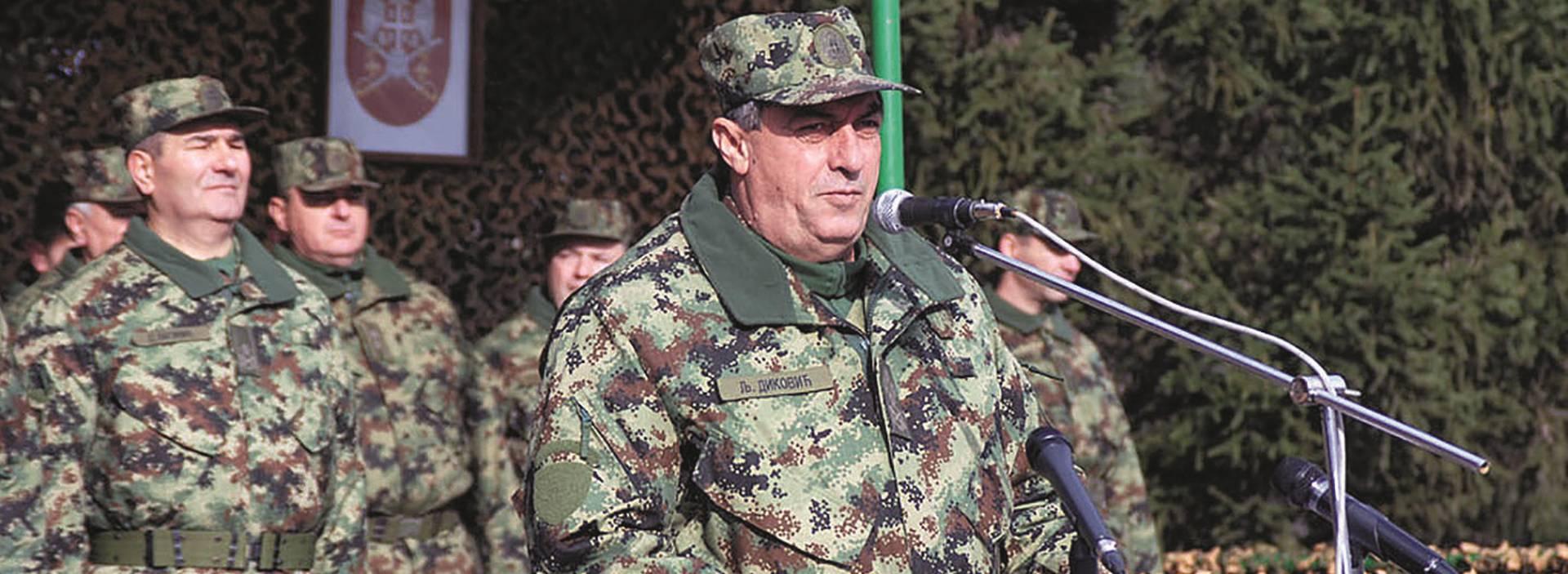 UBIJENO VIŠE OD 70 ALBANSKIH CIVILA Šefa srpske vojske sumnjiče za ratni zločin