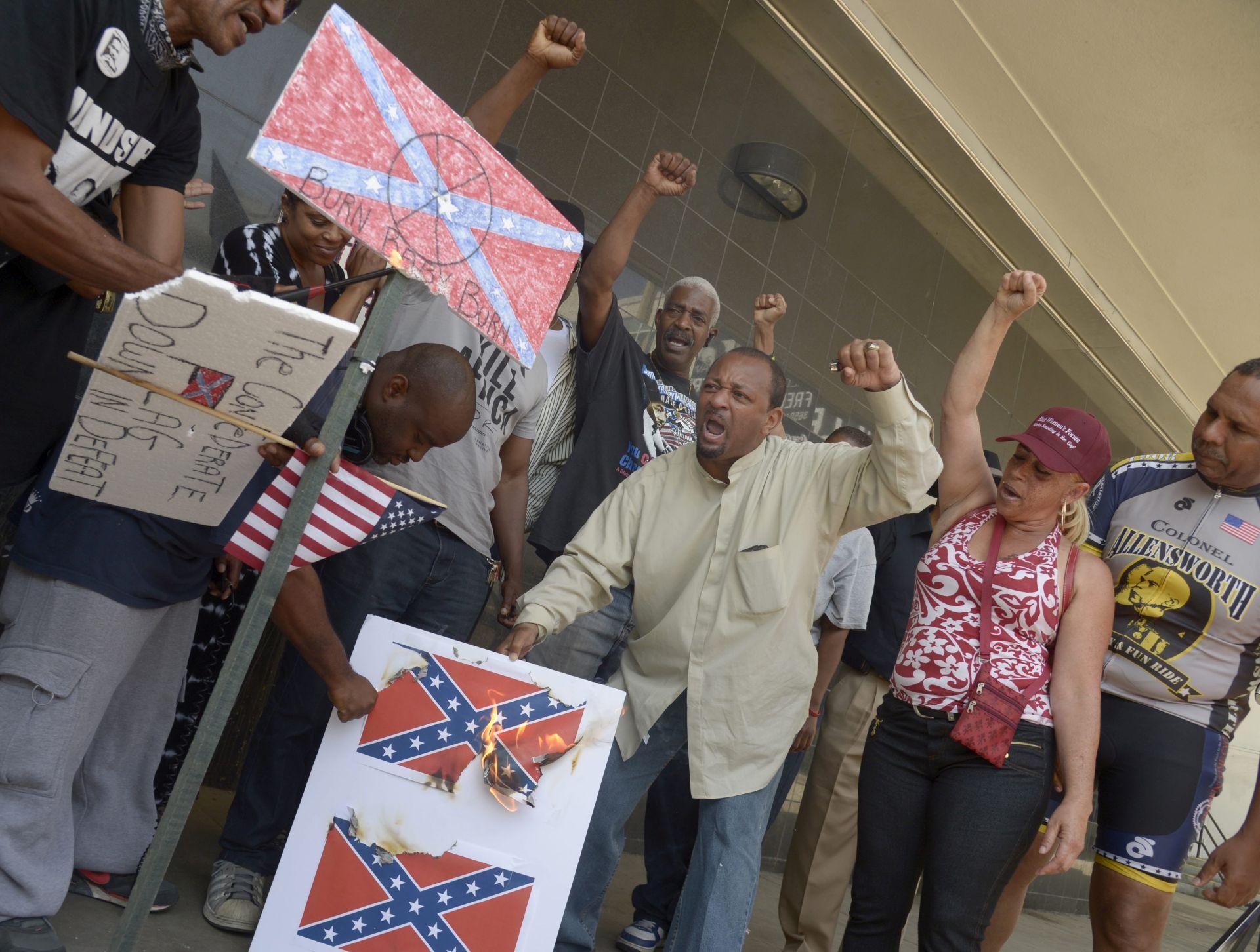 SPORAN SIMBOL Sve snažnija kampanja za uklanjanje konfederacijske zastave