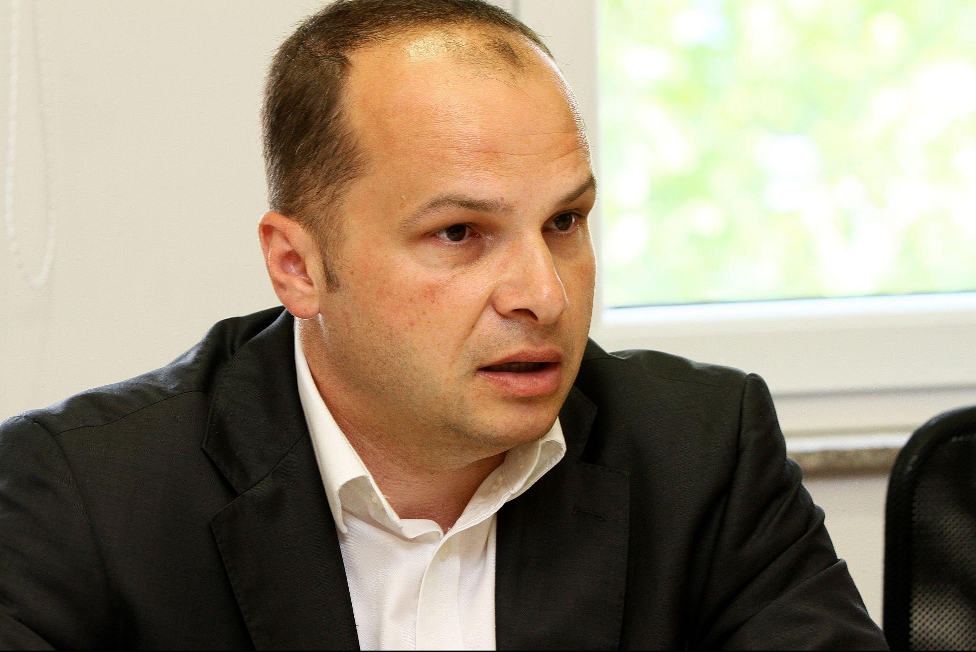 PREDIZBORNA PREVIRANJA: SDP pregovara s HSS-om