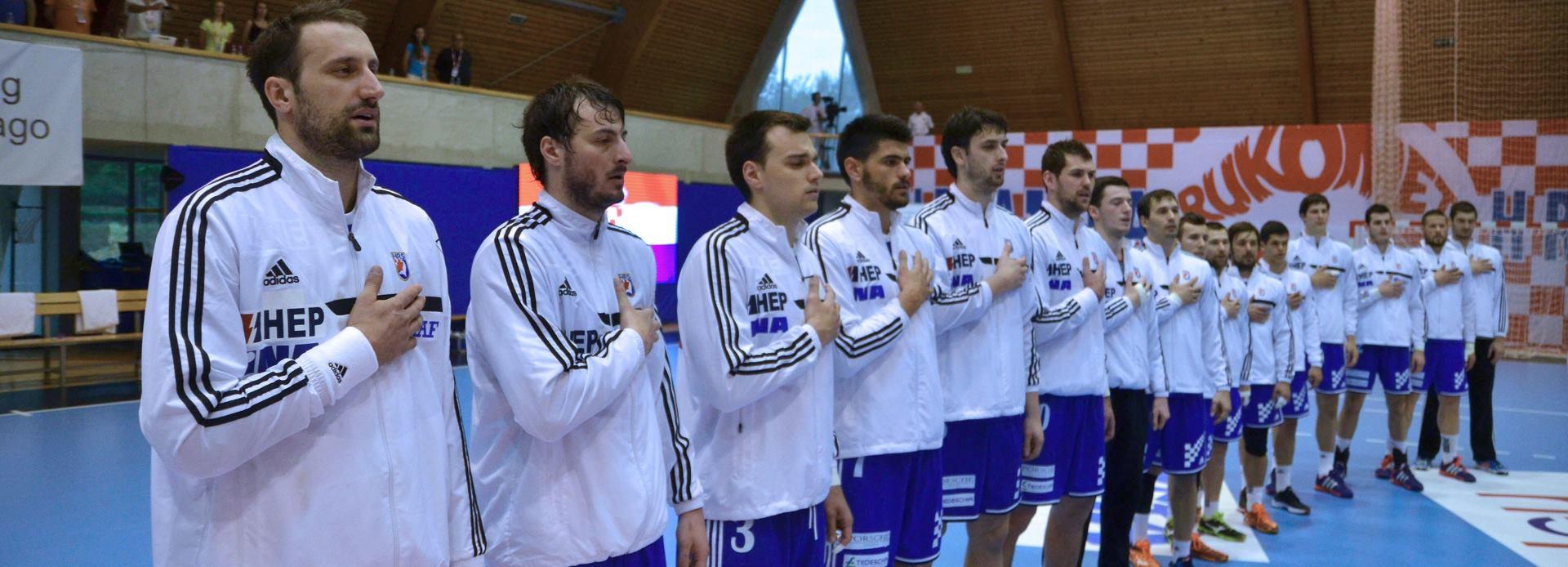 POBJEDNICI SKUPINE Hrvatski rukometaši u Umagu uvjerljivo pobijedili reprezentaciju Turske