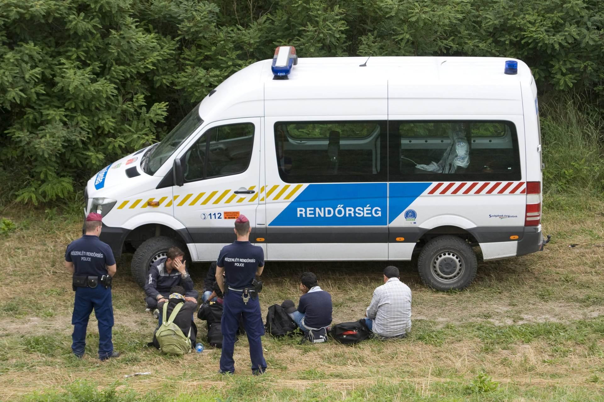 NITKO IH NE ŽELI: Slovenija nije uspjela vratiti u Mađarsku 14 izbjeglica iz Sirije