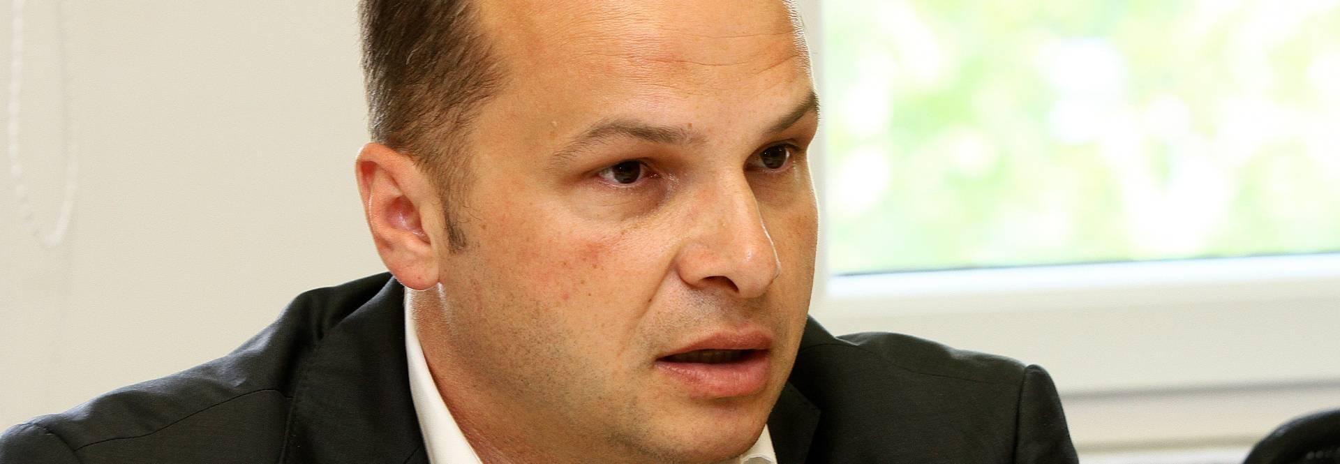 Kritike oporbenih saborskih klubova na predloženu poreznu reformu