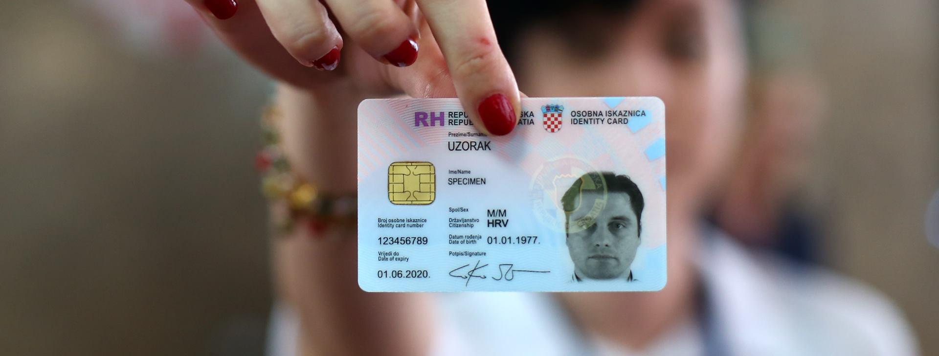 MUP Počelo izdavanje nove elektroničke osobne iskaznice