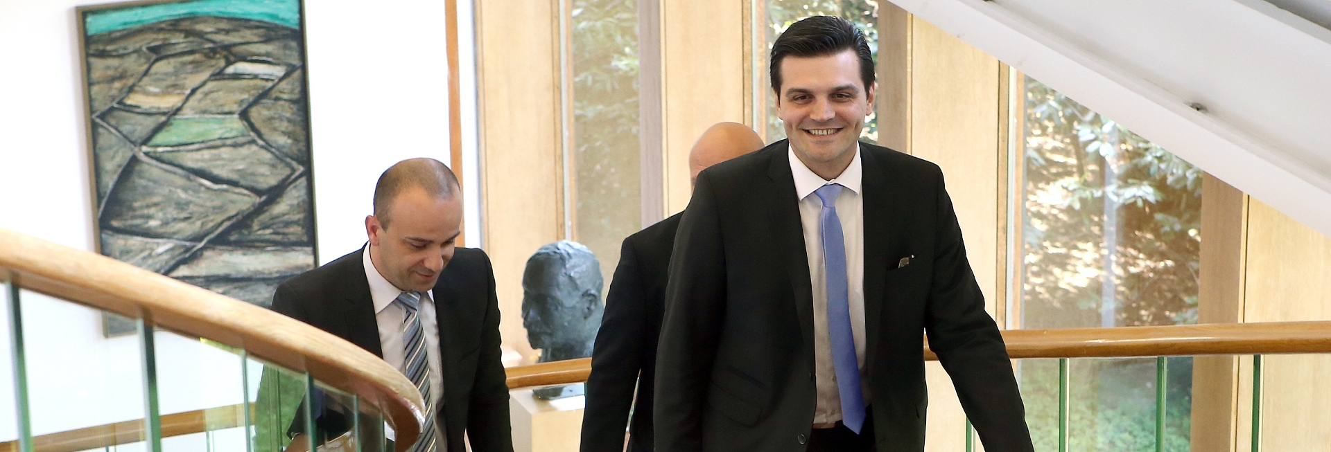 "VULIN UVJEREN ""HDSSB će participirati u budućoj Vladi"""
