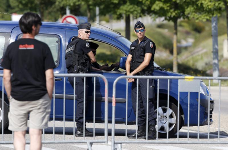 PROBLEM MIGRANATA Francuski sud podržao kontrole na granicama