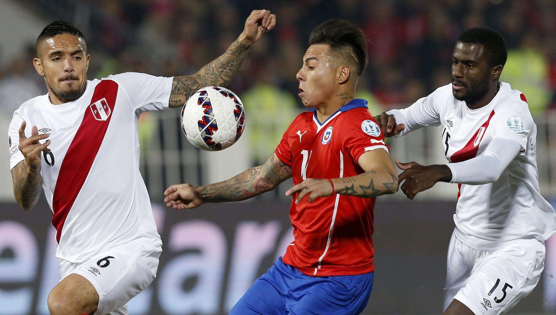 COPA AMERICA Čile u finalu, a Vargas junak