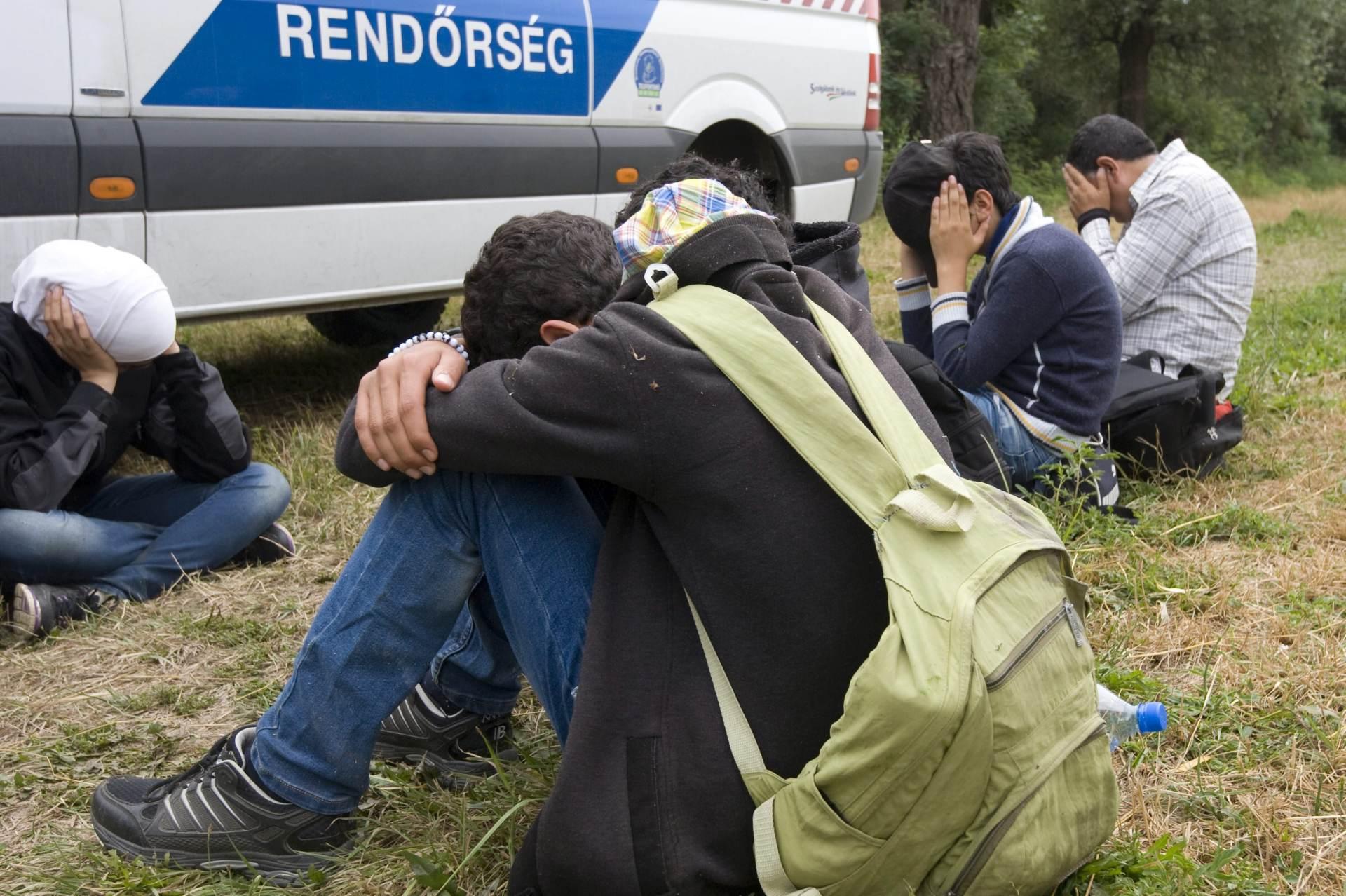 I DALJE PO SVOME: Mađarska jednostrano suspendirala propise EU-a o azilu