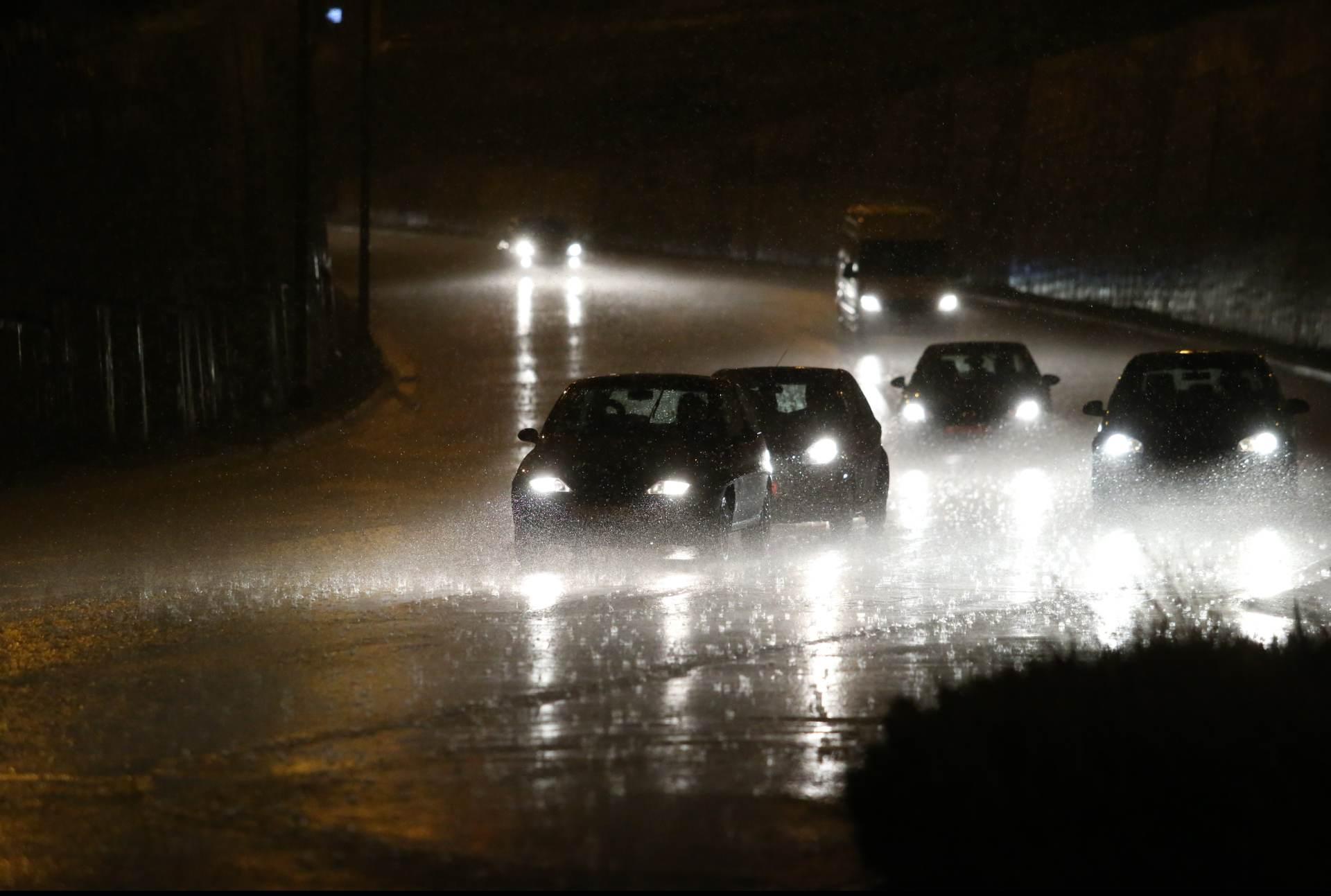 SPLIT Snažno nevrijeme s tučom pogodilo grad, kiša izazvala bujice