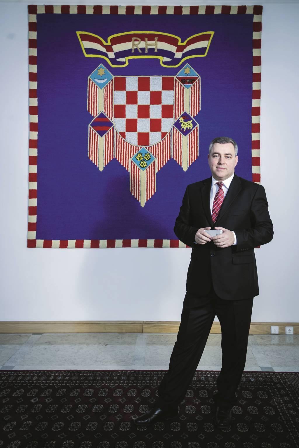 Zagreb, 200215. Mate Radeljic, savjetnik predsjednice Kolinde Grabar Kitarovic, za unutarnju politiku. Foto: Neja Markicevic / CROPIX