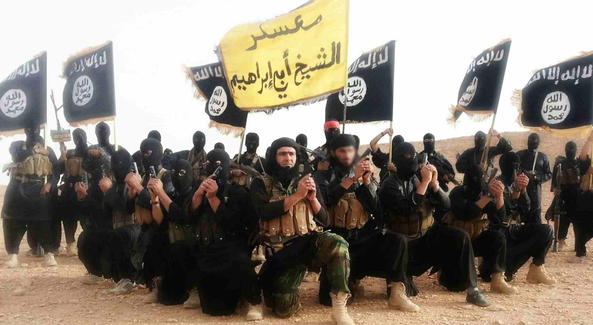 VANDALIZAM ILI PRIJETNJA: Uznemirujući grafiti osvanuli u Švedskoj: Kršćani, pređite na islam ili umrite