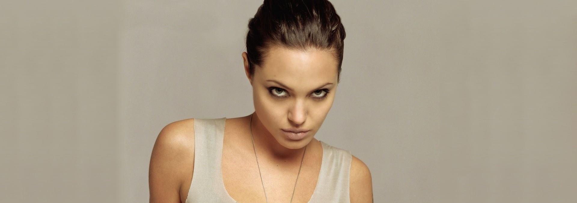 VIDEO: Angelina Jolie želi razvod do kraja 2018. godine