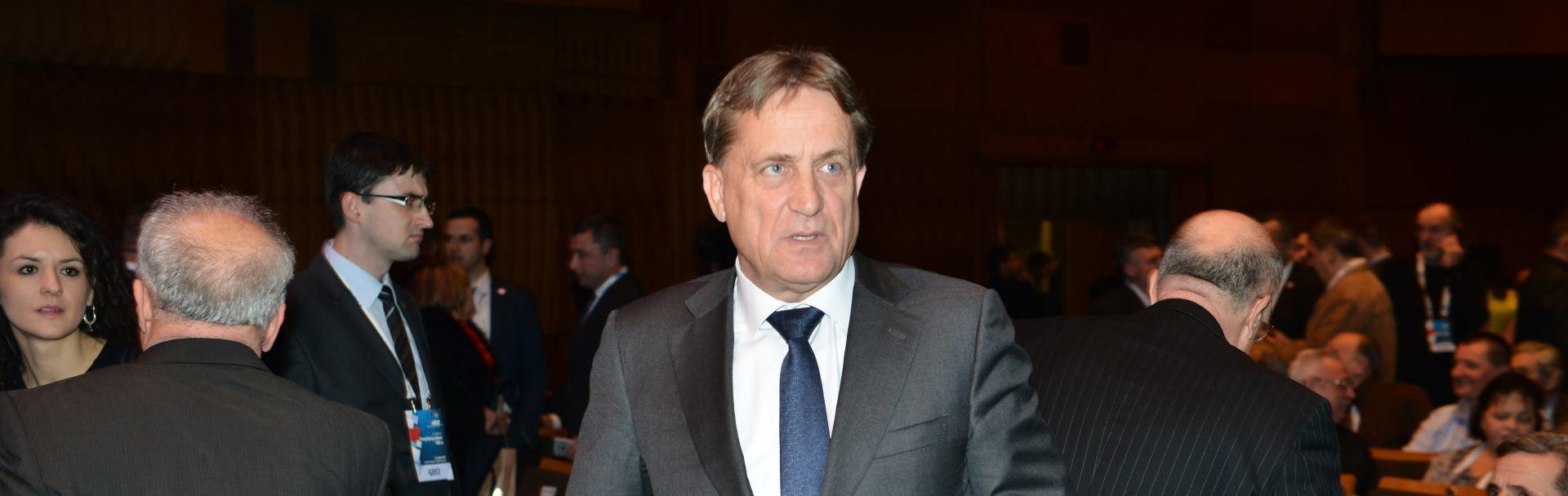 HDZ broji dane do privođenja Božidara Kalmete
