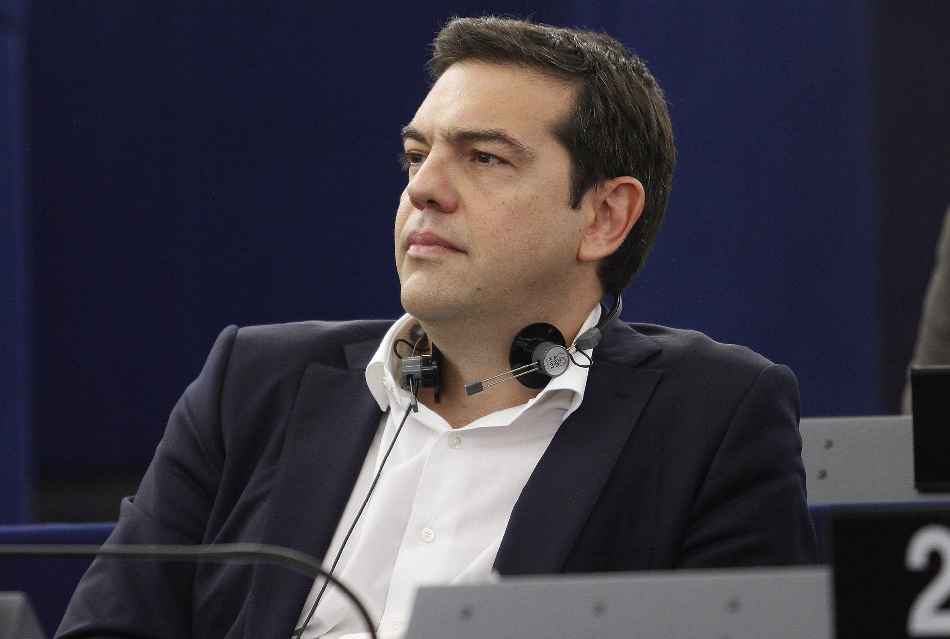 MOGUĆA CIPRASOVA OSTAVKA Grčki premijer mora nagovoriti parlament na reforme