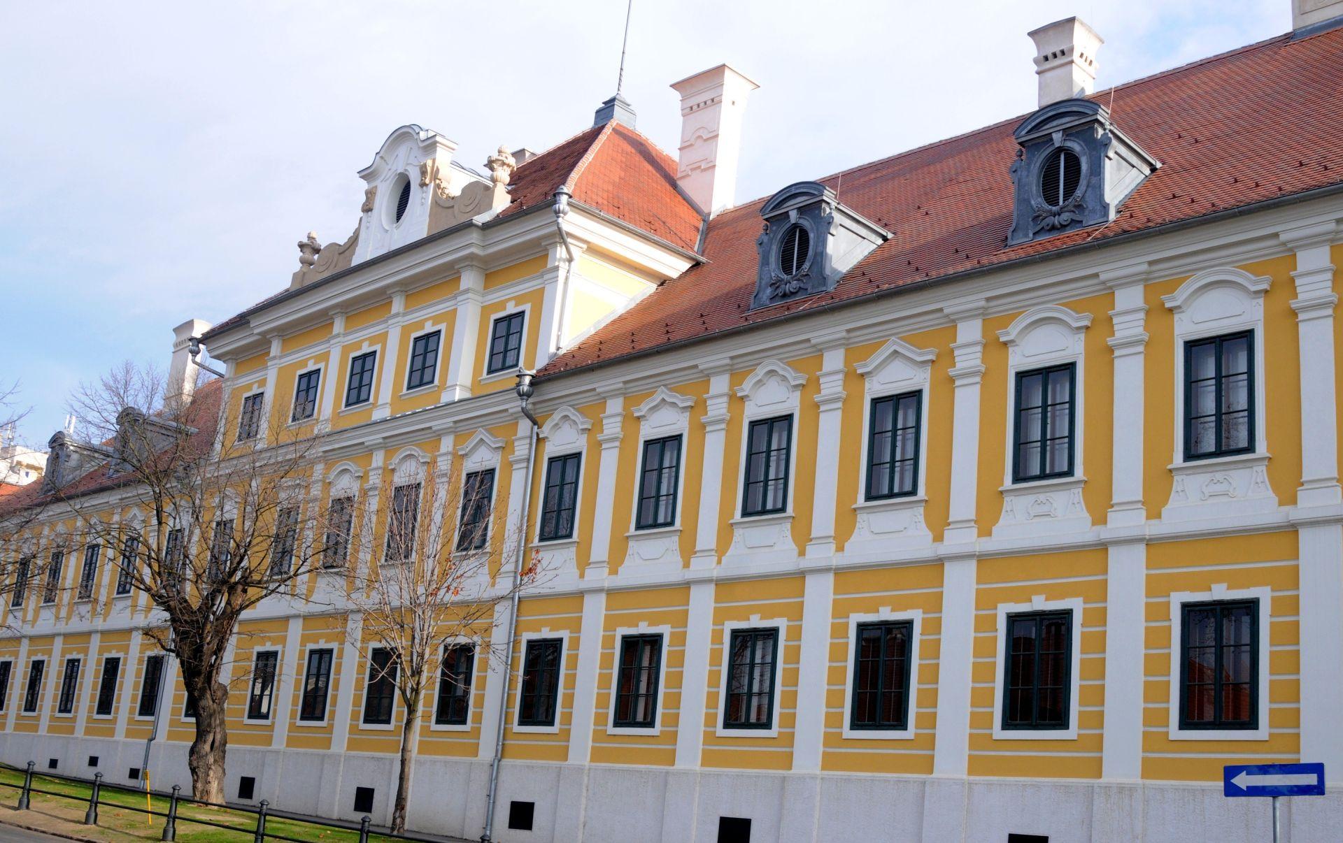 """Vukovar: Izložba fotografija """"Zamisli Francusku – Fantastično putovanje"""""""
