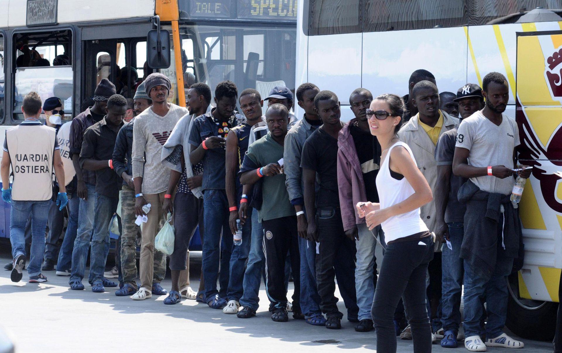 OPERACIJA TRITON Više od 1.200 migranata stiglo na Siciliju