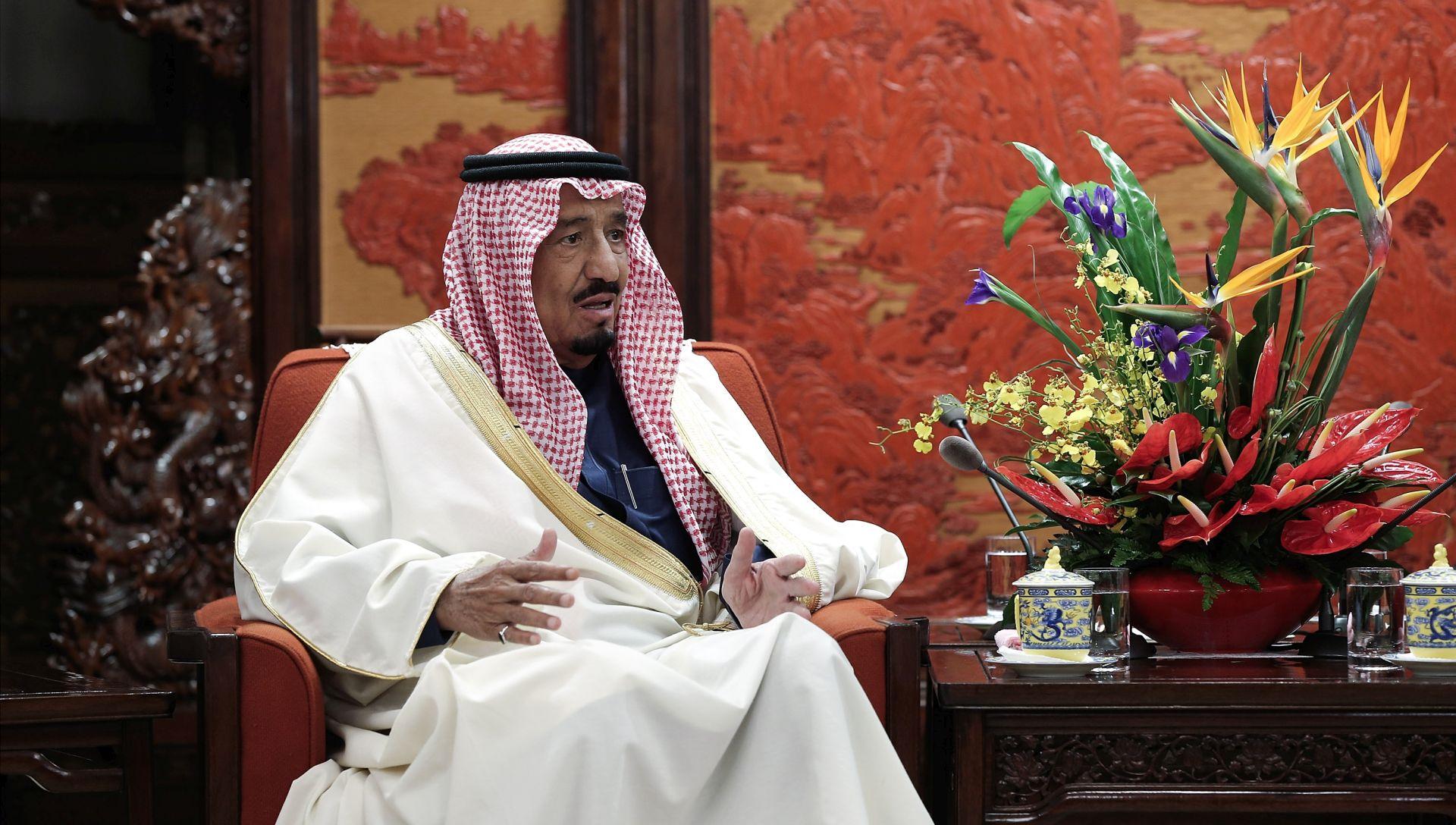 AZURNA OBALA NA NOGAMA Više od 100 tisuća potpisa na peticiji zbog saudijskog kralja