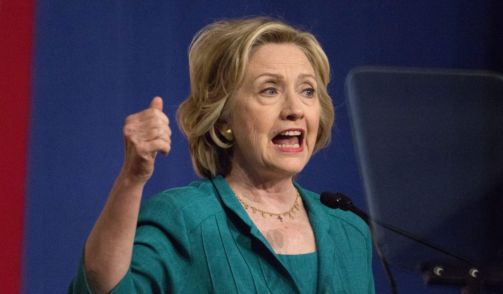 SKANDAL PREDSJEDNIČKE KANDIDATKINJE: Stotinjak mailova Hillary Clinton sadržavalo povjerljive informacije