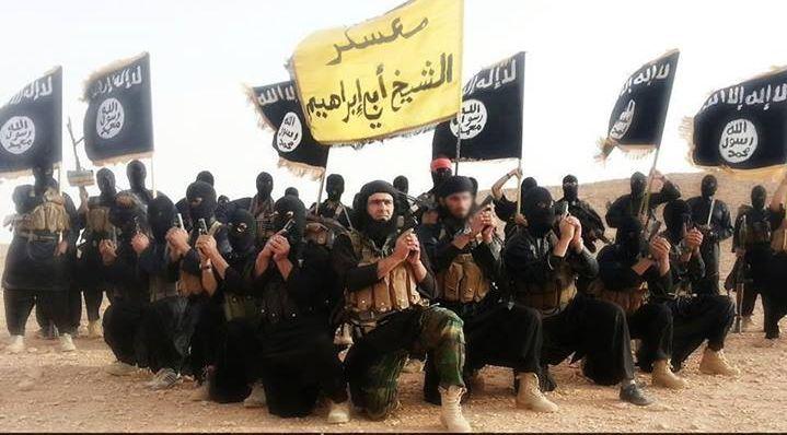 VELIKA BLAMAŽA: Sirijski borci obučeni od Amerikanaca se predali džihadistima prvi dan