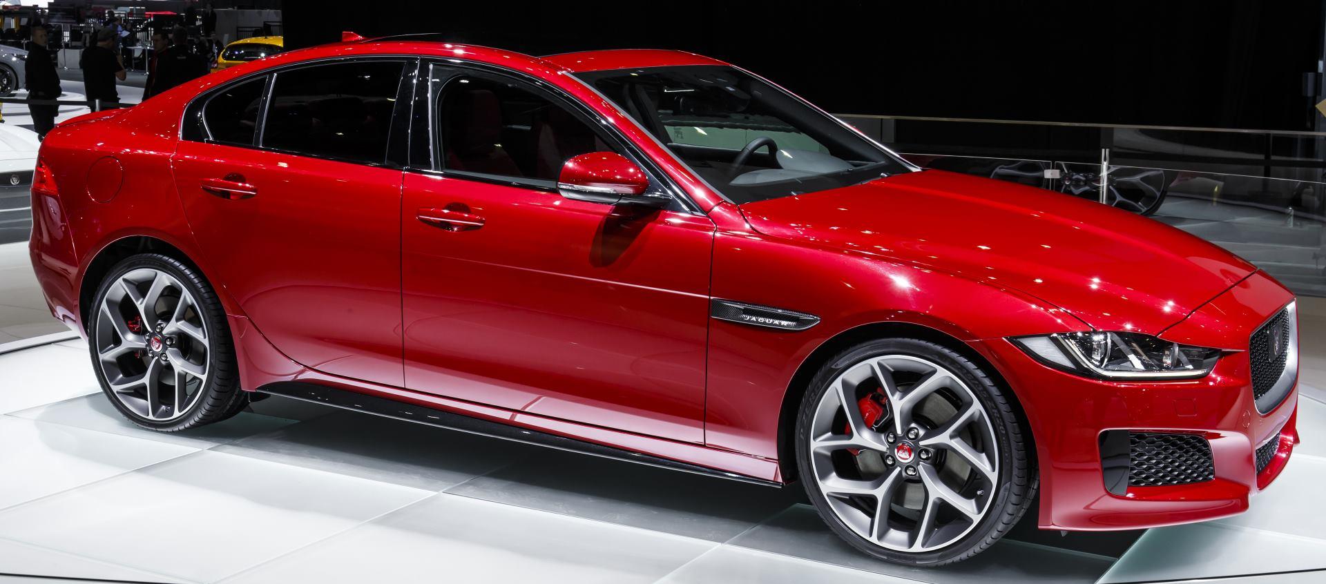 FOTO: VIDEO: Predstavljen aluminijski Jaguar XE prepun inovacija i noviteta
