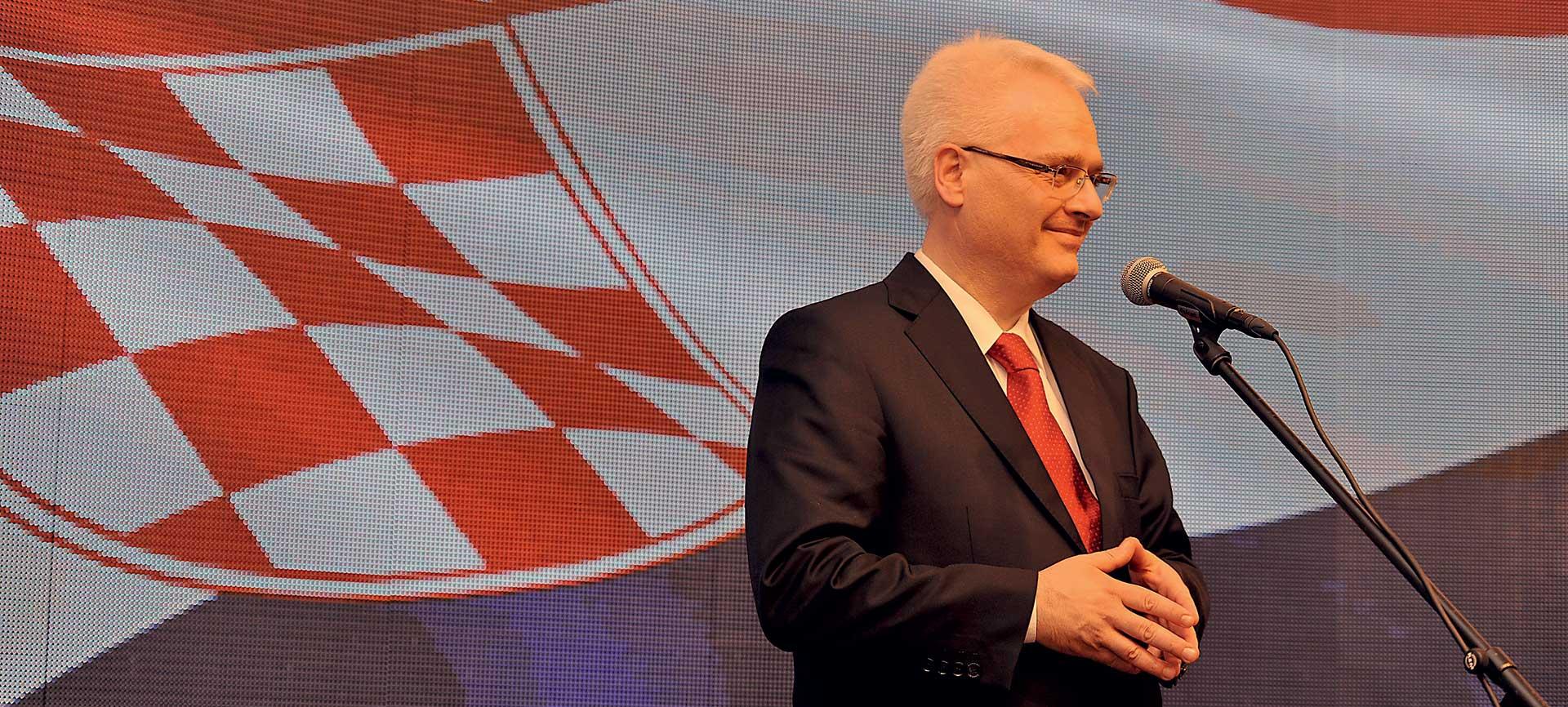 Josipović u Beogradu predaje o ratnim zločinima
