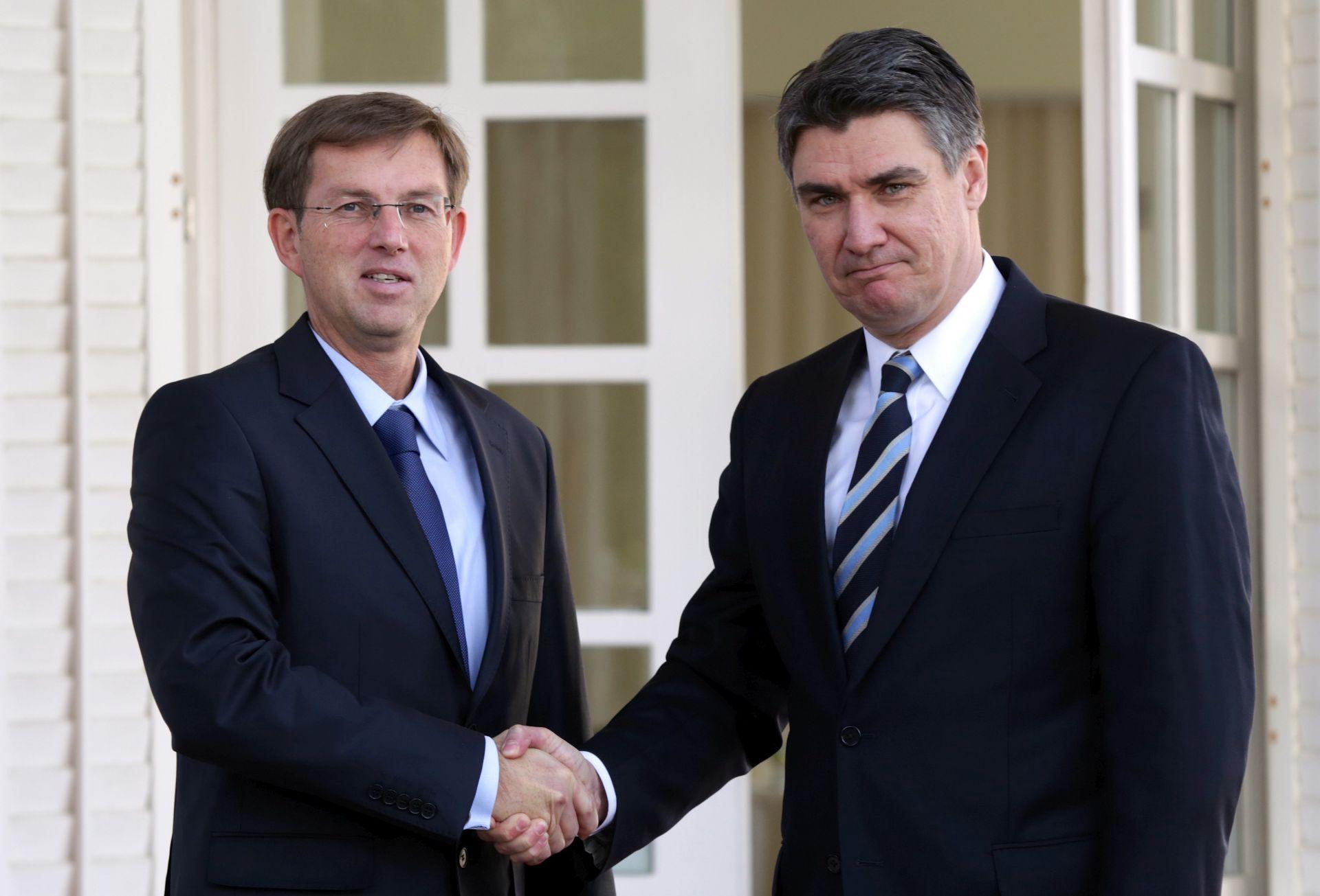 """SLOVENSKO """"DELO"""": Dobri bilateralni odnosi preduvjet za regionalnu suradnju"""