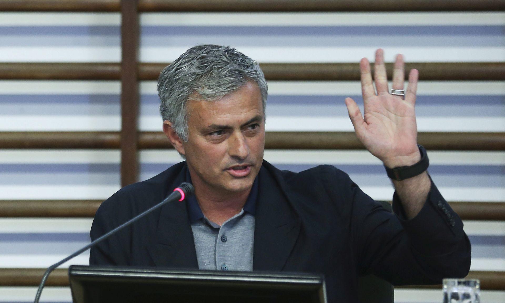 JEDAN OD NAJBOLJIH NA SVIJETU Mourinho: Nemamo novaca za Pogbu