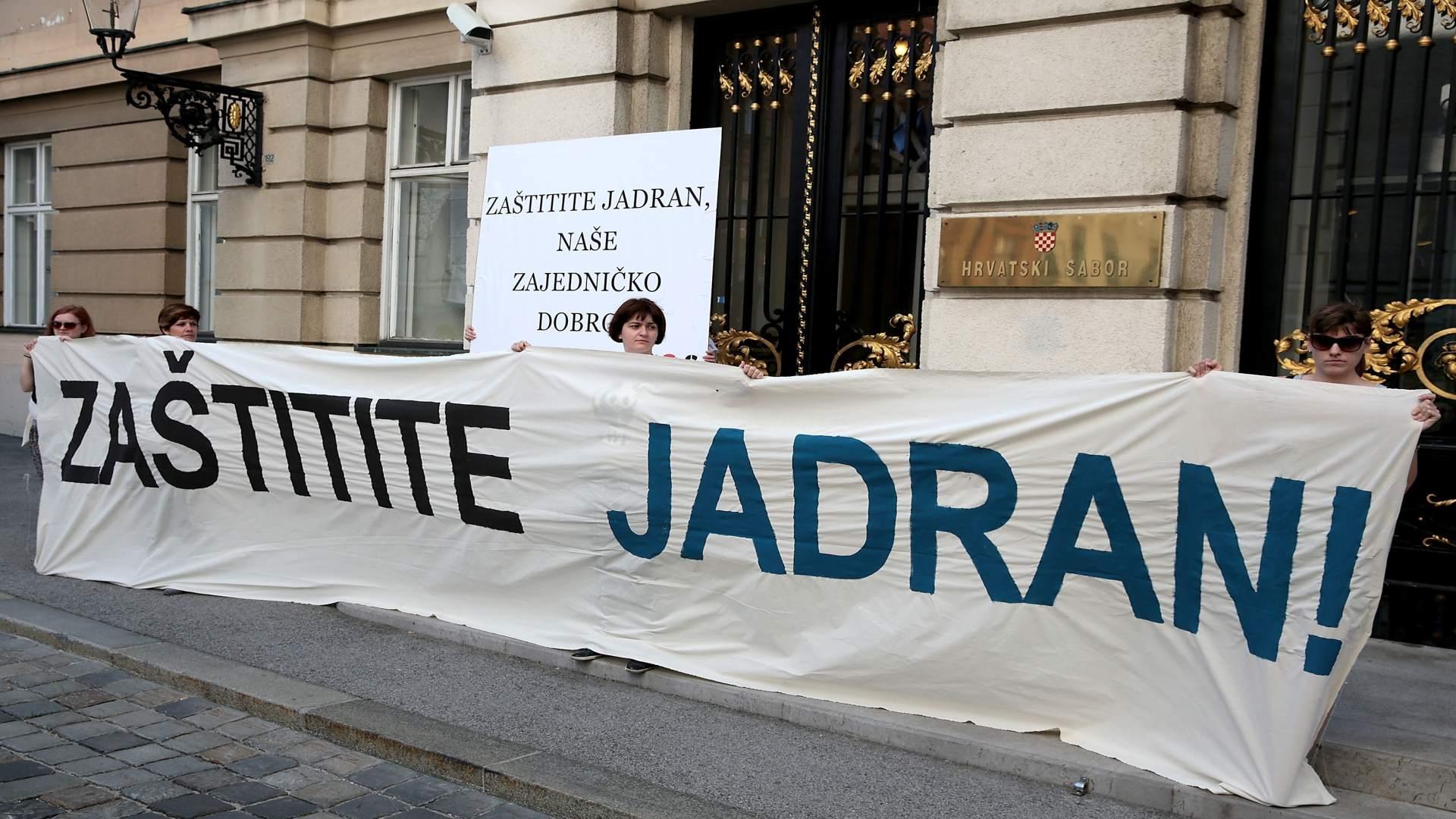 S.O.S. ZA JADRAN Traži odbacivanje projekta bušenja zbog nafte