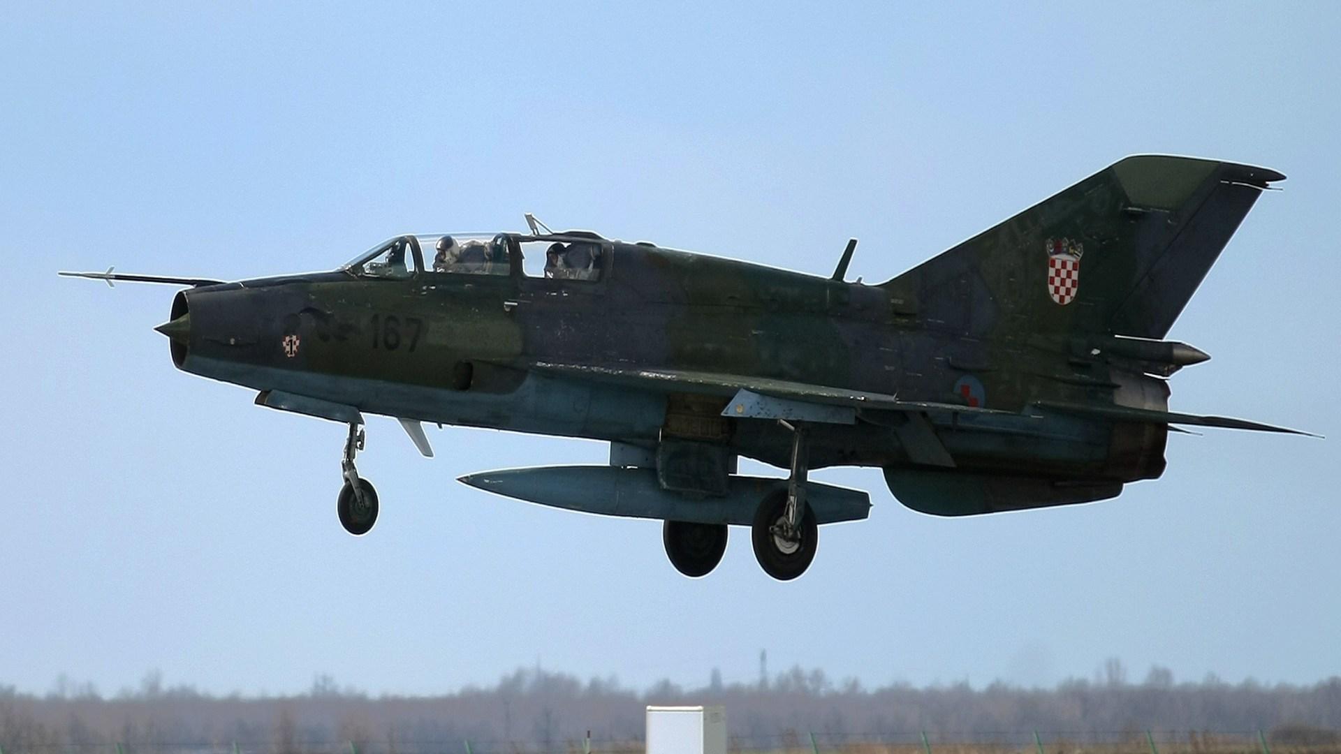 DRAMA NAD HRVATSKOM Dva MIG-a 21 presrela britanski civilni zrakoplov