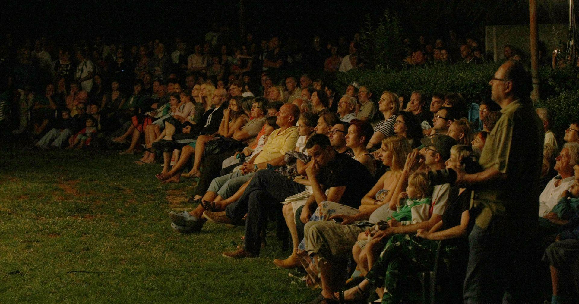 Započeo 16. festival plesa i neverbalnog kazališta u Svetvinčentu