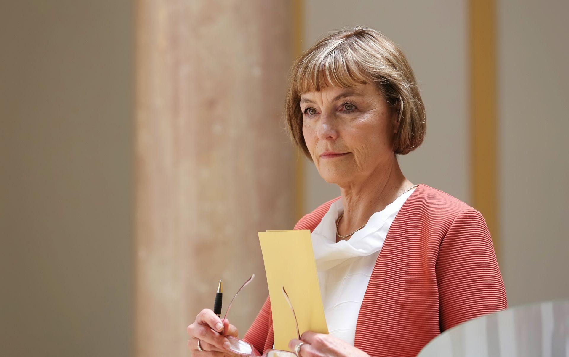 SLUČAJ ARBITRAŽA Pusić poslala pismo Arbitražnom sudu i Europskoj komisiji o kršenju postupka