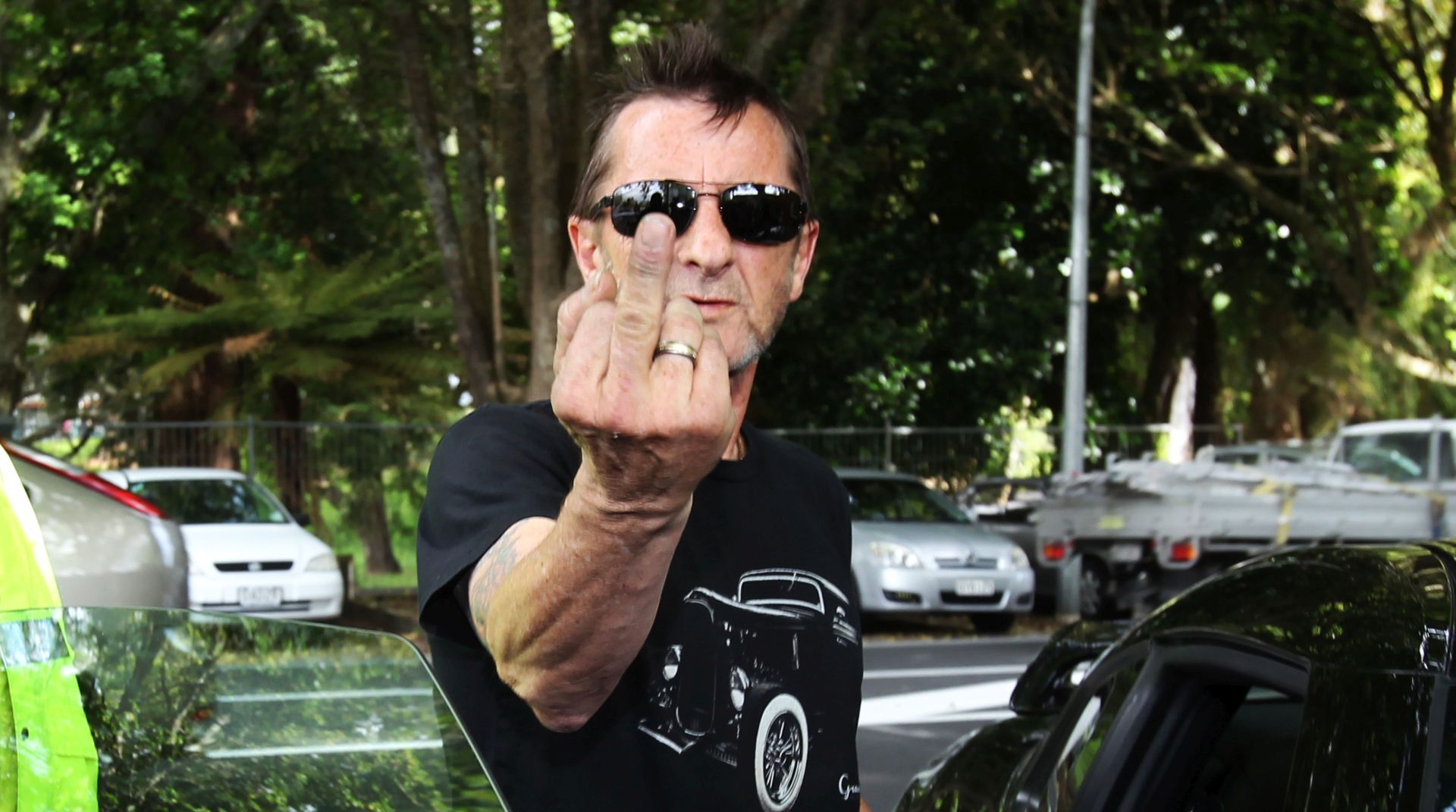 U NARKOMANSKIM VODAMA Bivši bubnjar skupine AC/DC opet iza rešetaka