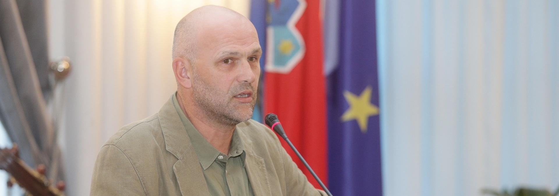 Europska federacija novinara: Tražimo odgovarajuću istragu o napadu na predsjednika HND-a