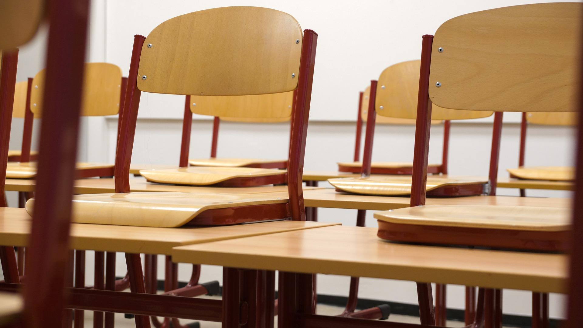 U srednjim školama u jesenskom roku uglavnom slobodna obrtička zanimanja i programi glazbenih škola