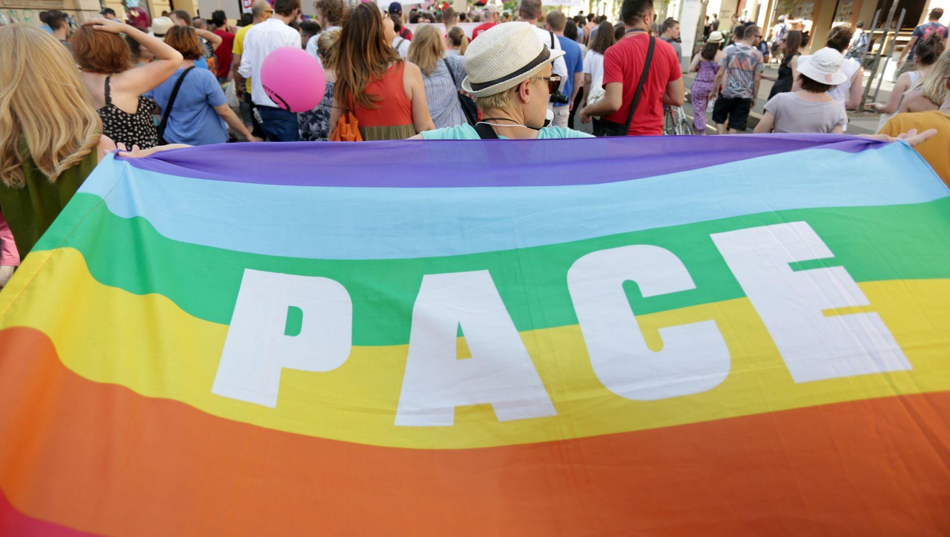VIDEO: Otvoren prvi LGBT centar za izbjeglice u Njemačkoj