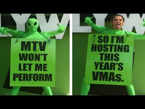 VIDEO: MTV VMA Ove godine popularnu dodijelu nagrada će voditi Miley Cyrus