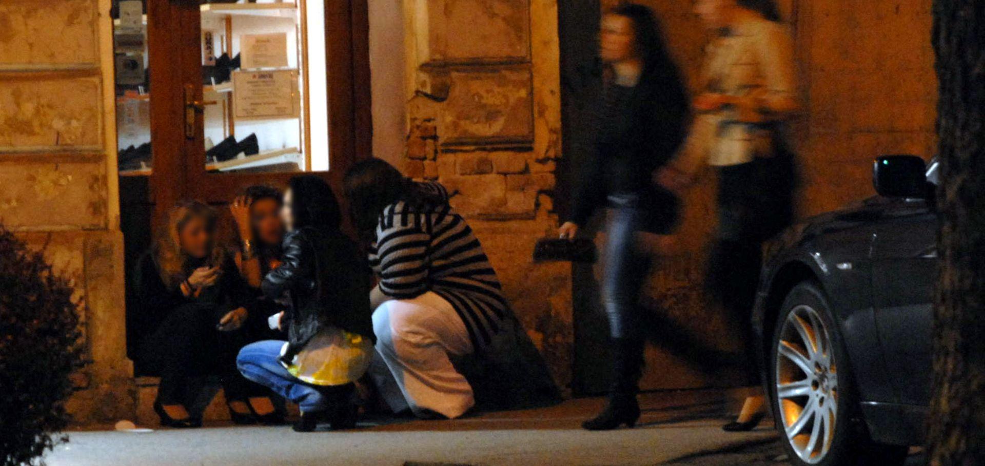 BRUTALNI NAPAD U CENTRU ZAGREBA: Divljaci pretukli mladića zbog mobitela