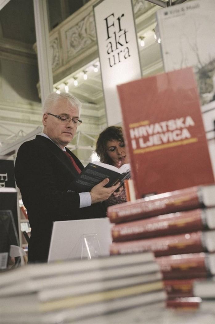 'STVARNO JE ŽIVOTNO PITANJE U HRVATSKOJ KAKO PROVESTI STRUKTURNE REFORME KOJE SE DOGAĐAJU PUNIH 20 GODINA' FOTO: Izborni stožer Ive Josipovića