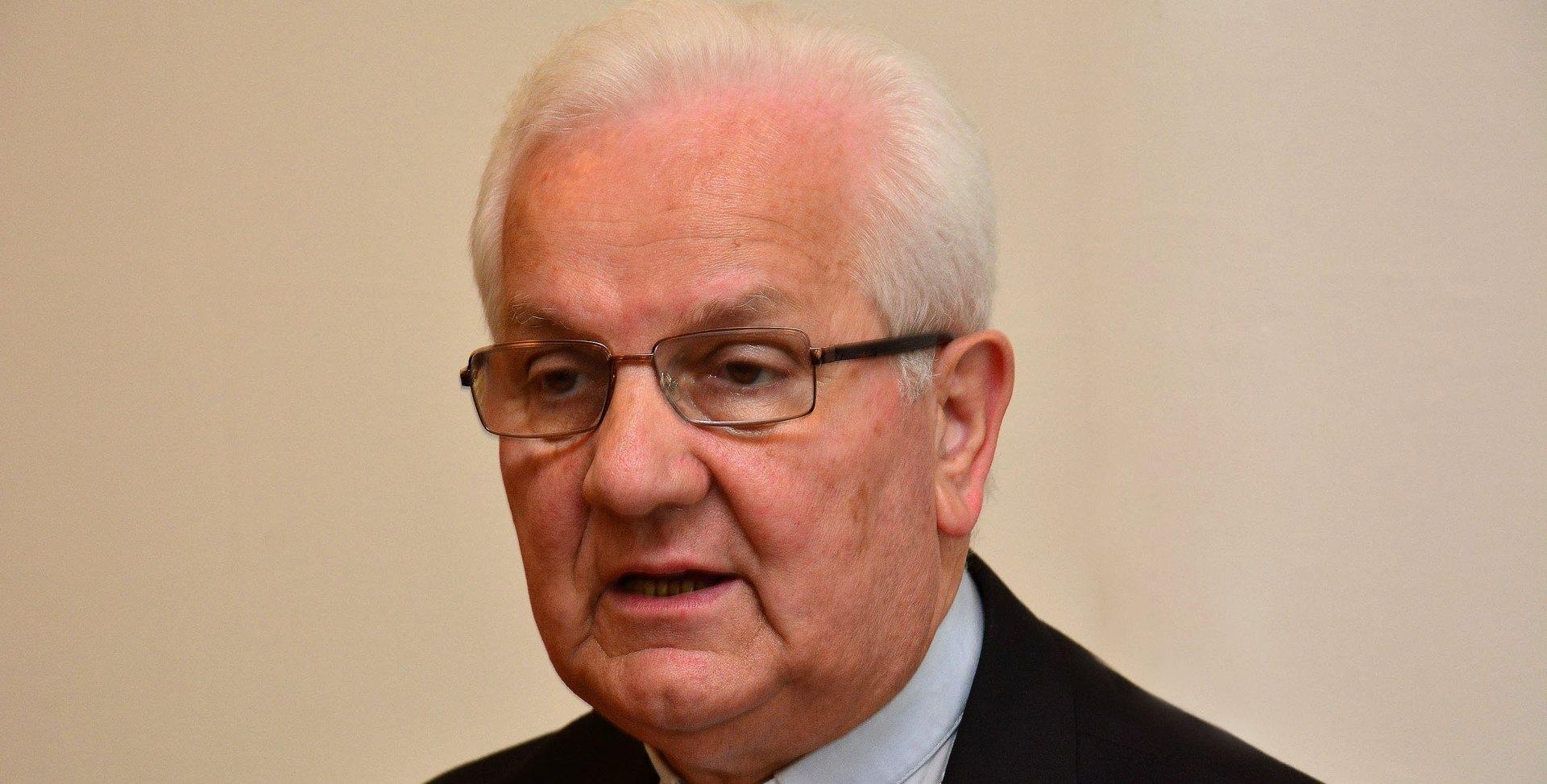 BISKUP KOMARICA: Nad Hrvatima na području RS dogodio se genocid