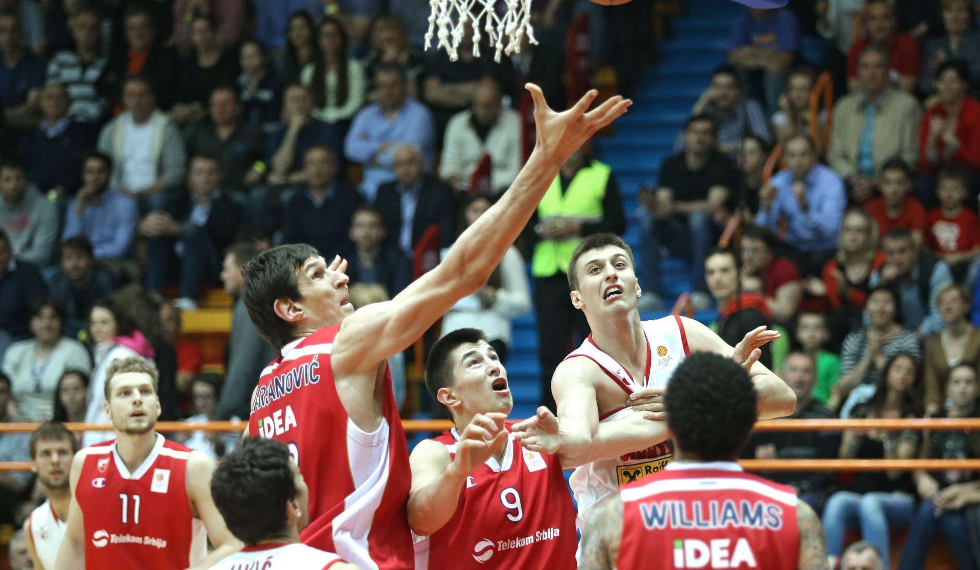 NBA: Spursi doveli Bobana Marjanovića