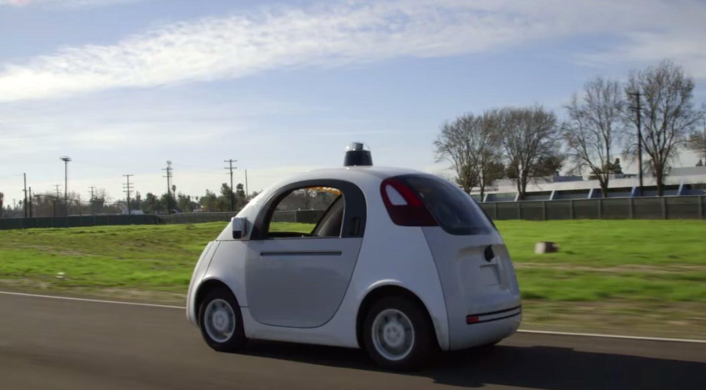 Googleov samovozeći automobil sudjeluje u sve većem broju sudara?