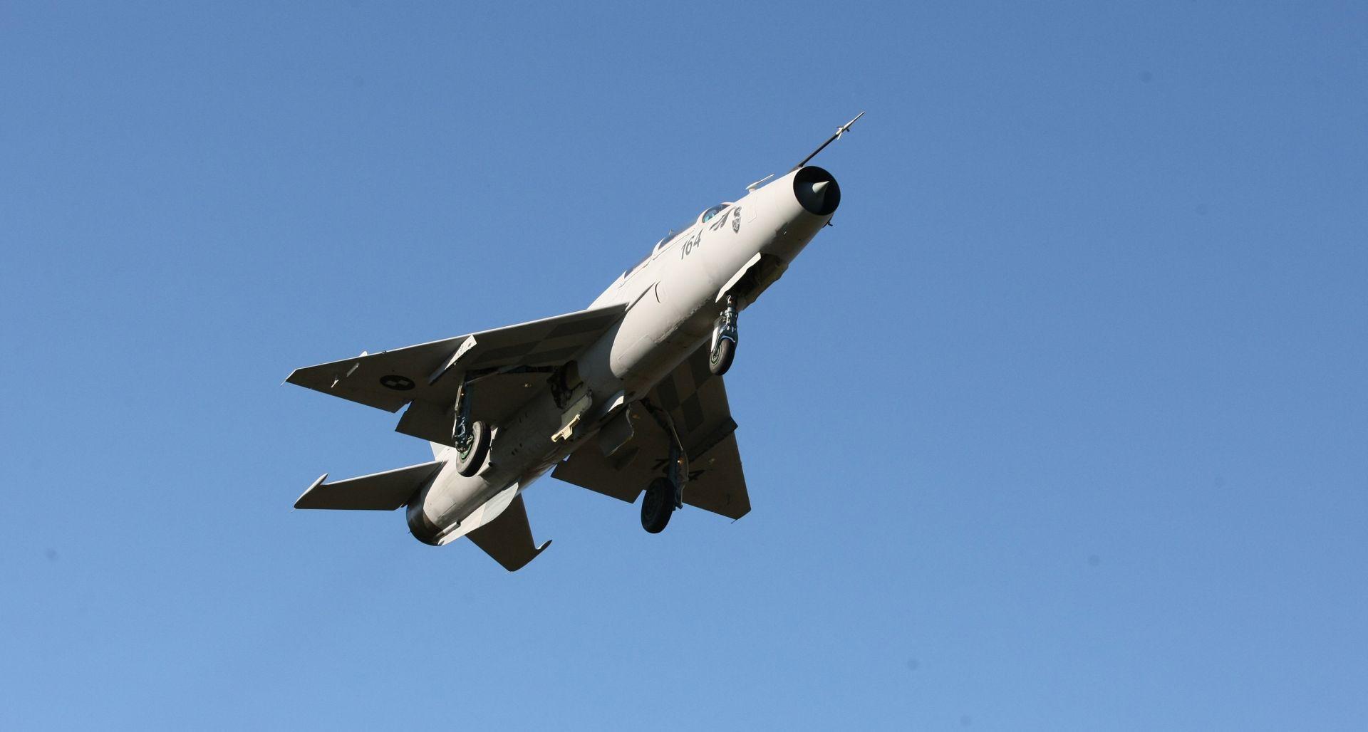 Letovima iznad Zagreba piloti MiG-ova vježbaju za mimohod