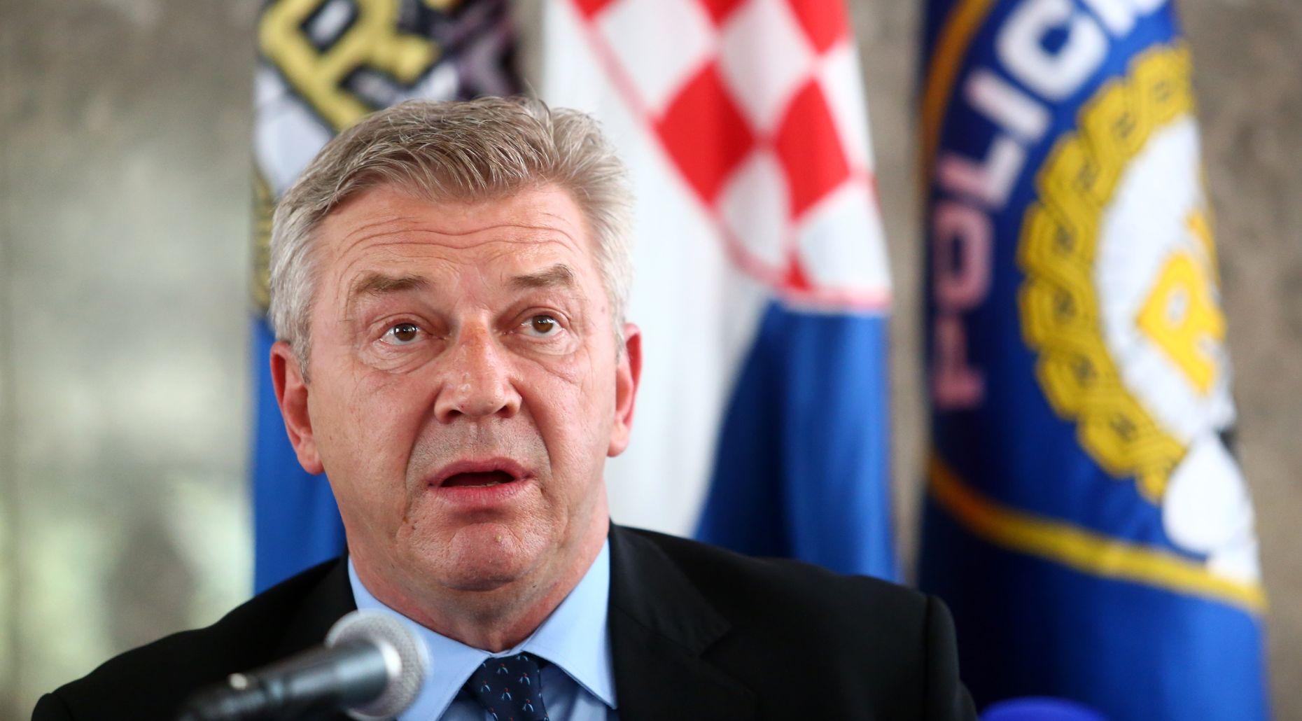 Ostojić: Hrvatska će zaustaviti prijem izbjeglica ako se zaustavi prolaz prema Njemačkoj